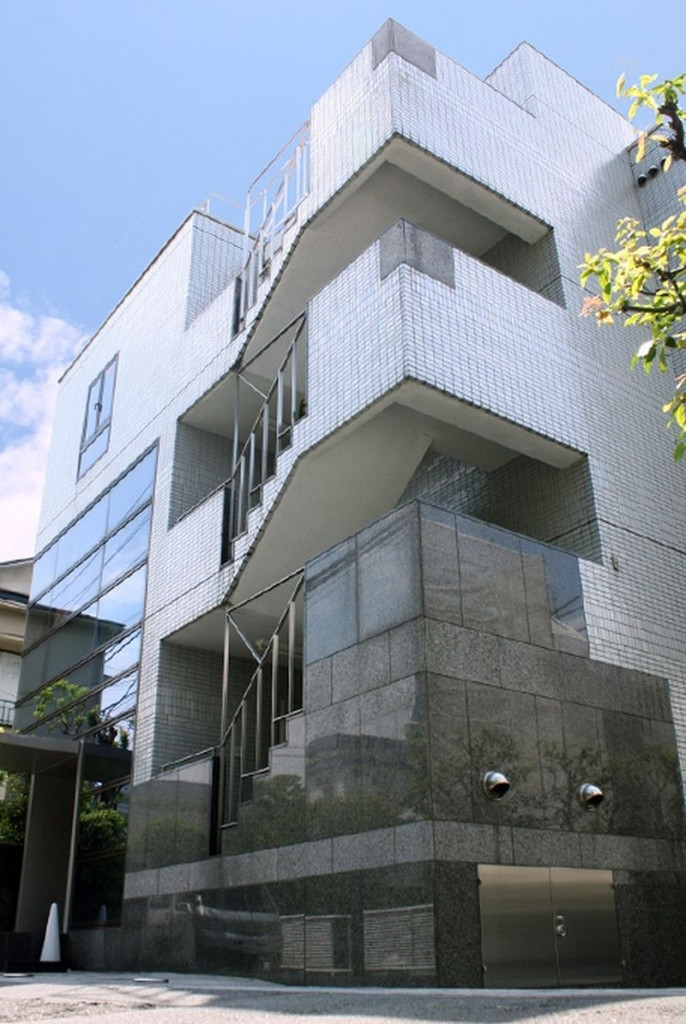 若葉三信ビル、東京都新宿区若葉1-12-5、四ツ谷駅 徒歩5分