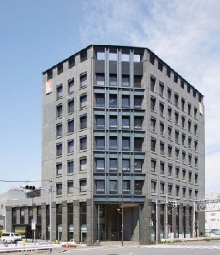 KDX飯田橋スクエア、東京都新宿区新小川町4-1、飯田橋駅 徒歩5分