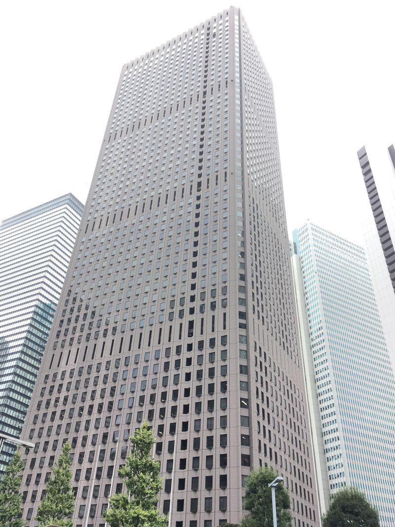 新宿センタービル、東京都新宿区西新宿1-25-1、新宿駅 徒歩5分都庁前駅 徒歩1分