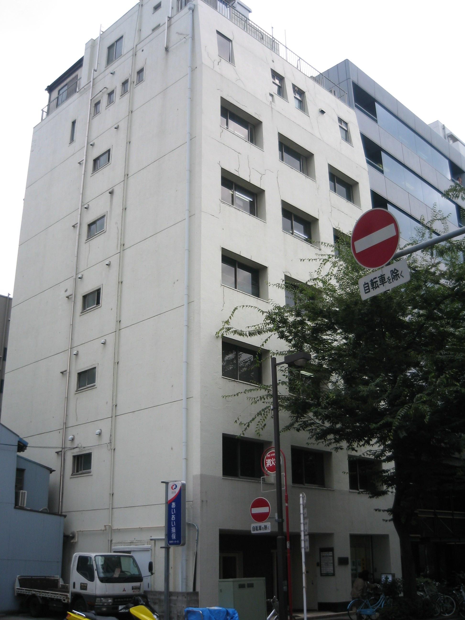 川村ビル、東京都台東区上野7-11-7、上野駅 徒歩4分