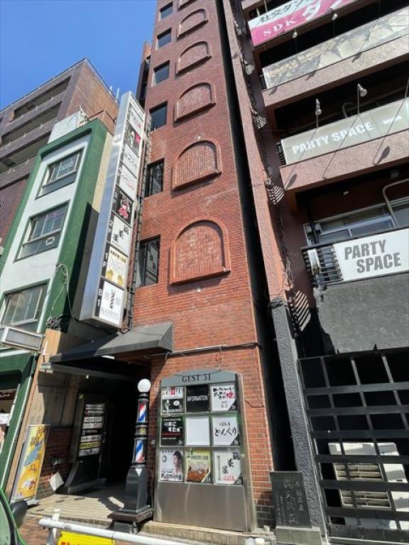 GEST31ビル、東京都新宿区歌舞伎町2-45-4、西武新宿駅 徒歩1分新宿駅 徒歩9分