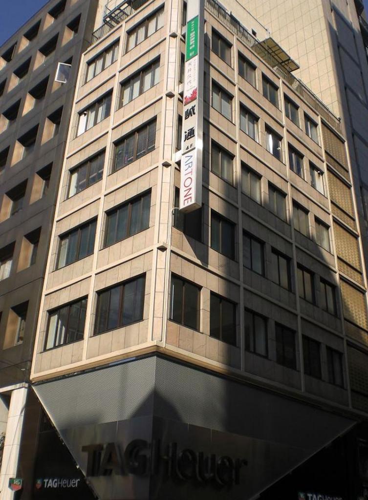 鈴木ビル、東京都中央区銀座5-3-9、銀座駅 徒歩1分