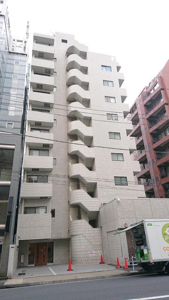 タウンハウス南青山、東京都港区南青山6-7-1、表参道駅 徒歩9分