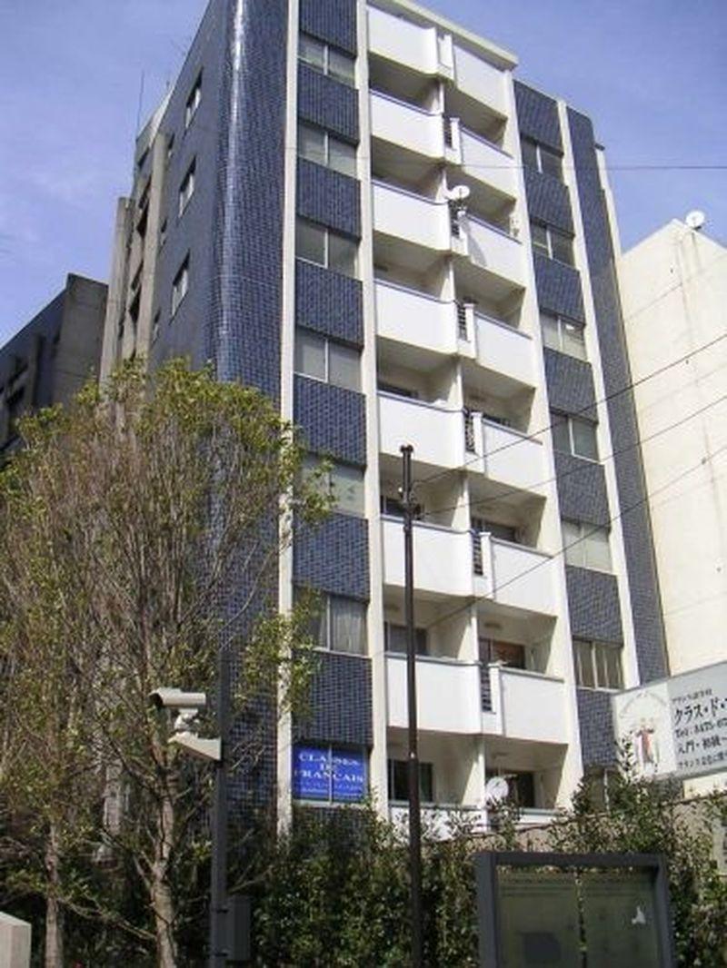 アパートメントカーム、東京都港区赤坂8-4-7、青山一丁目駅 徒歩2分