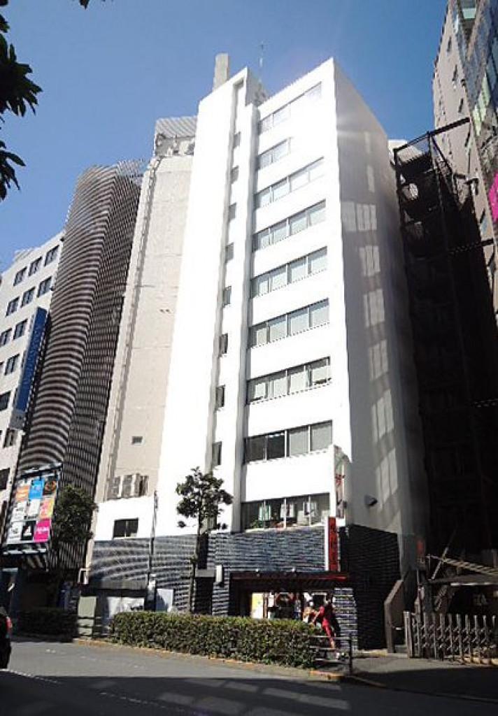加藤ビル、東京都豊島区南池袋1-19-14、池袋駅 徒歩2分