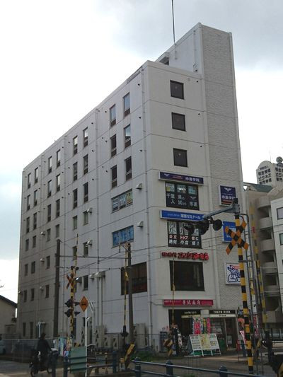 グランドプラザ新松戸駅前、千葉県松戸市新松戸2-121、新松戸駅 徒歩1分