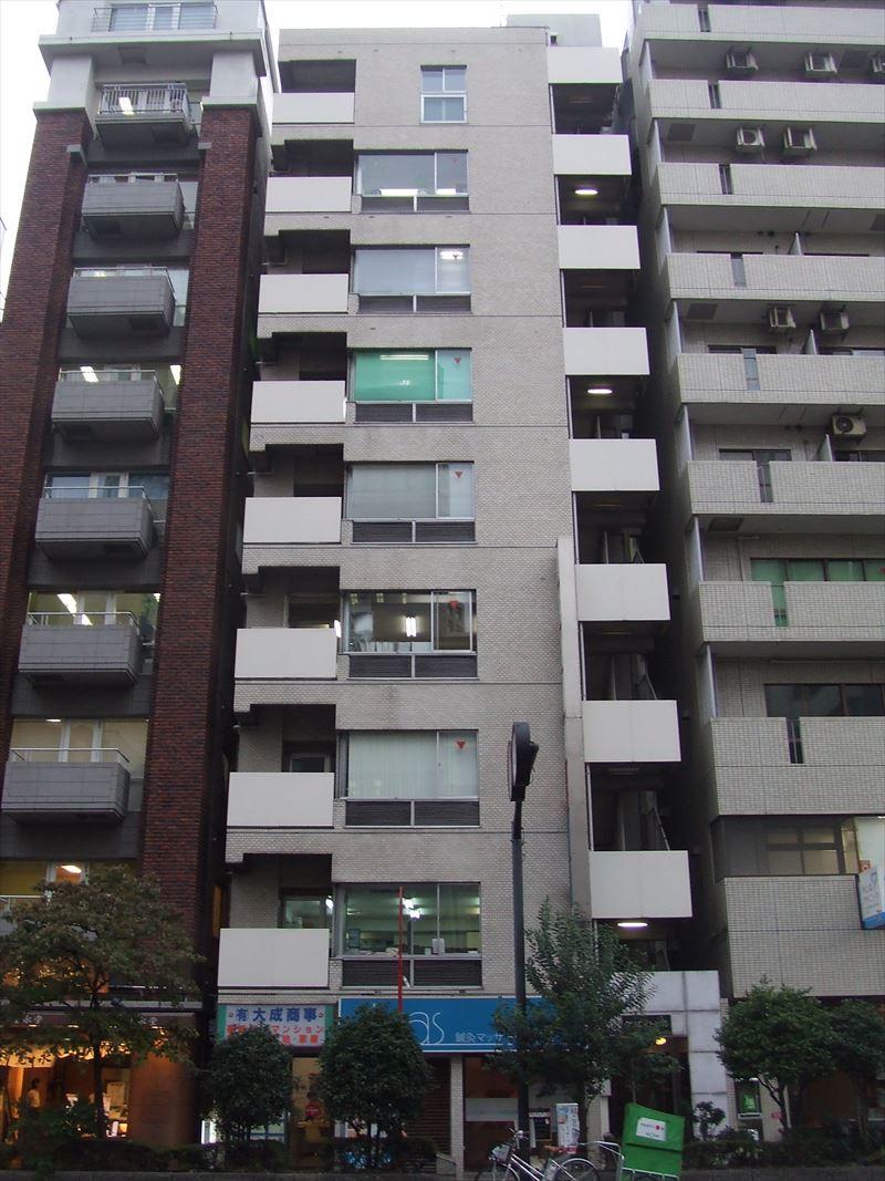 クリエイトビル、東京都千代田区飯田橋1-8-10、飯田橋駅 徒歩3分