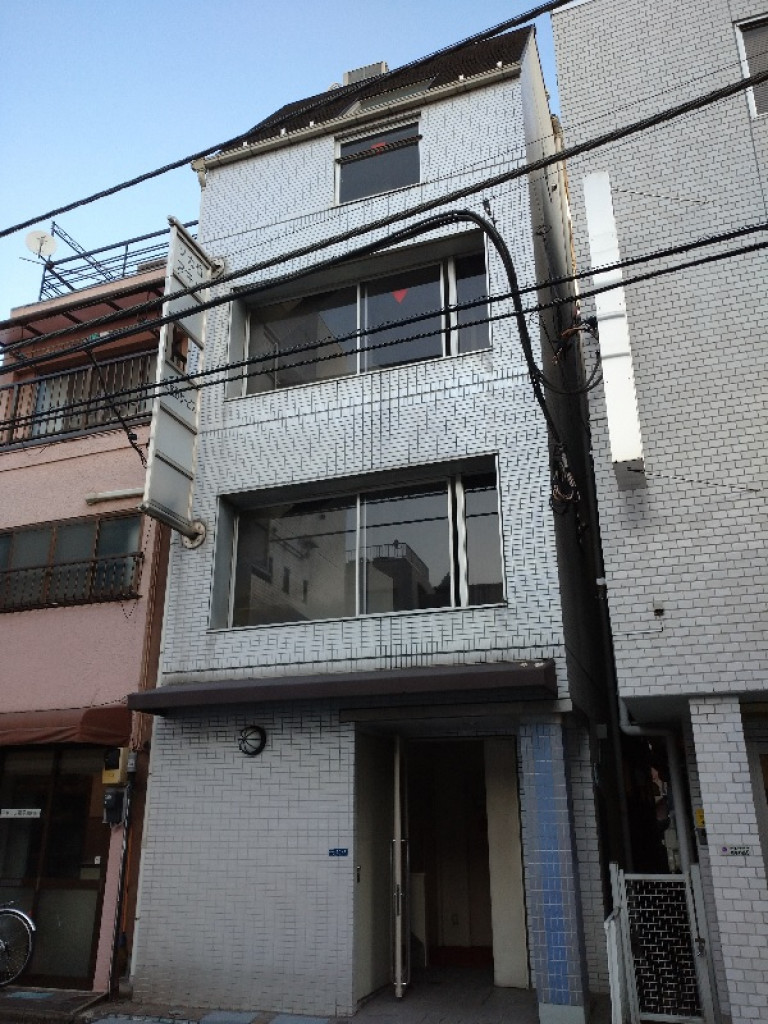 ソカロアキバ 東京都千代田区外神田2-10-3