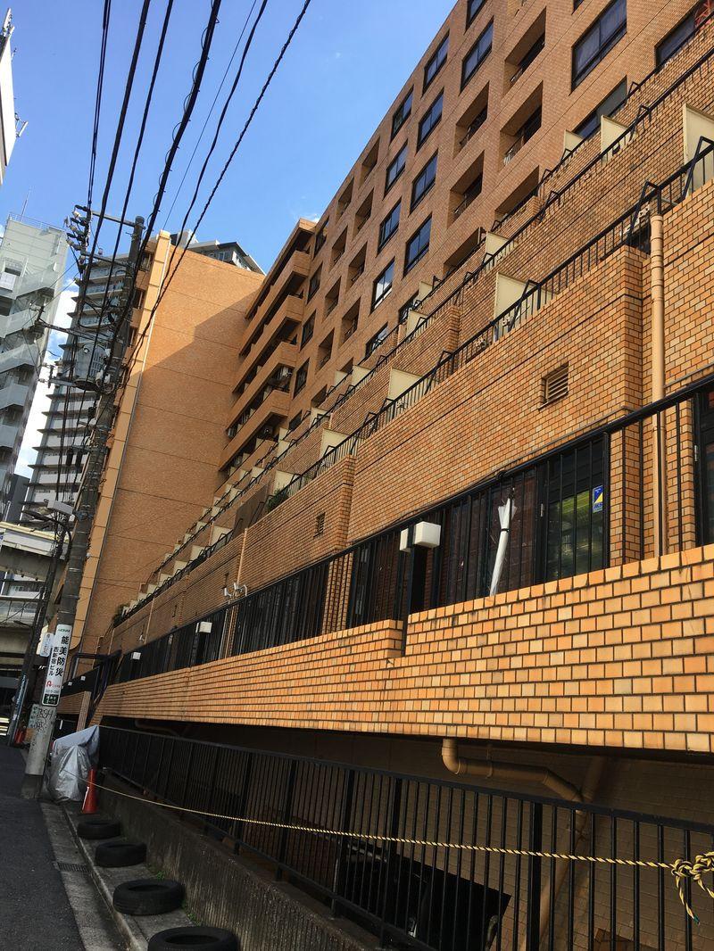 ライオンズマンション西新宿、東京都新宿区西新宿3-15-5、初台駅 徒歩5分新宿駅 徒歩15分