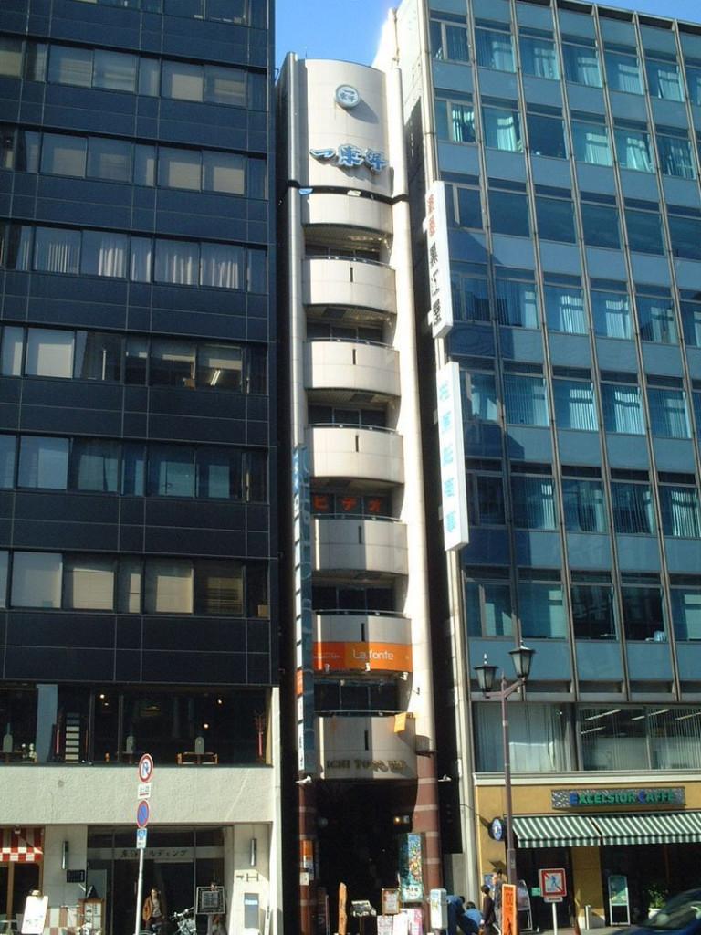 一東洋ビル、東京都中央区日本橋1-2-10、日本橋駅 徒歩1分東京駅 徒歩7分三越前駅 徒歩2分
