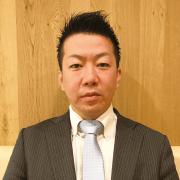 山本 (Yamamoto) 店長