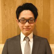 菅野 (Sugano) 副店長
