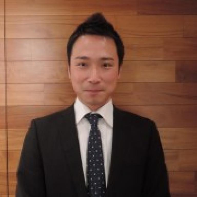 青木 (Aoki) 店長