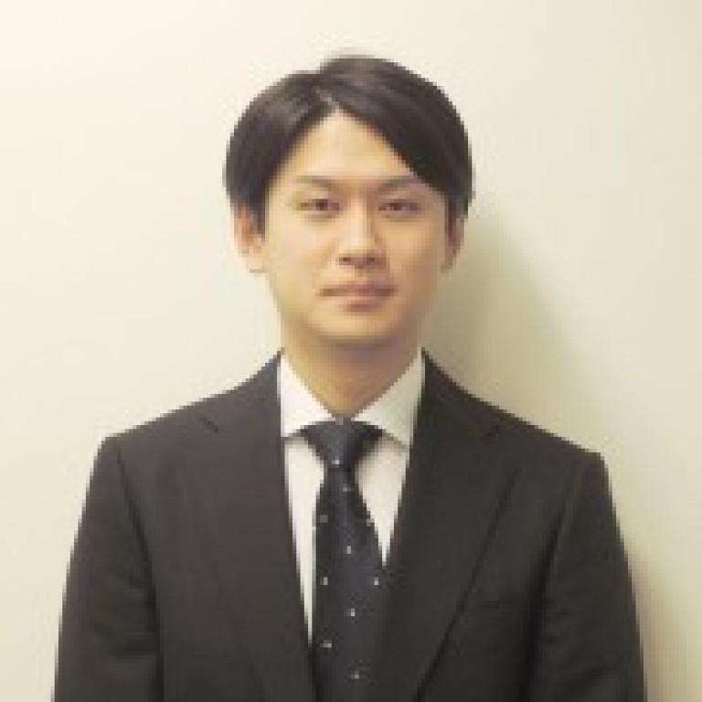 鈴木 (Suzuki) 副店長